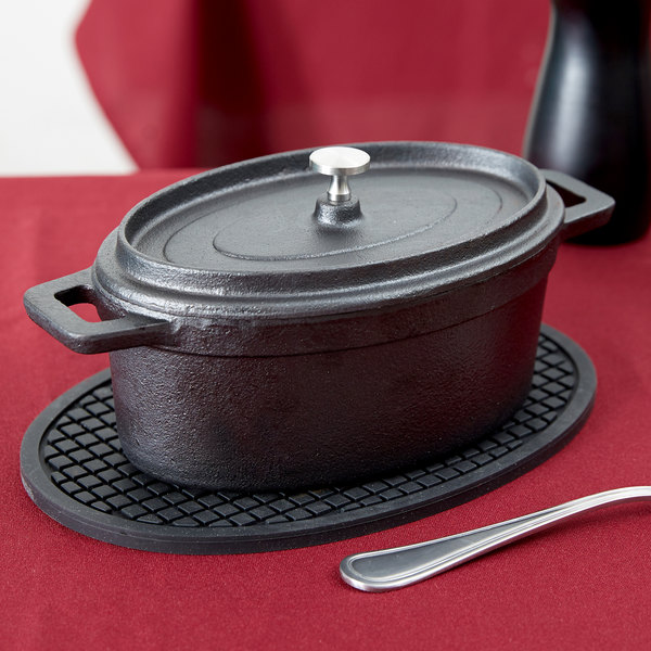 "American Metalcraft CIPOV745 7"" x 4 1/2"" Oval Cast Iron Mini Pot"