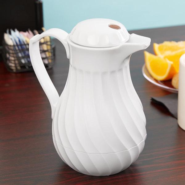 Vollrath 52162 SwirlServe 0.6 Liter White Hot-N-Cold Beverage Server
