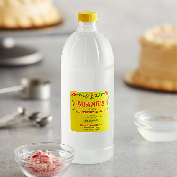 Shank's 32 oz. Pure Peppermint Extract Main Image 2