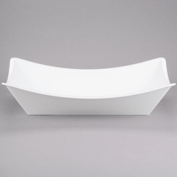 "Tablecraft MGMT2113 5 Qt. White Rectangular Melamine Bowl - 21"" x 13"" x 5"" Main Image 1"