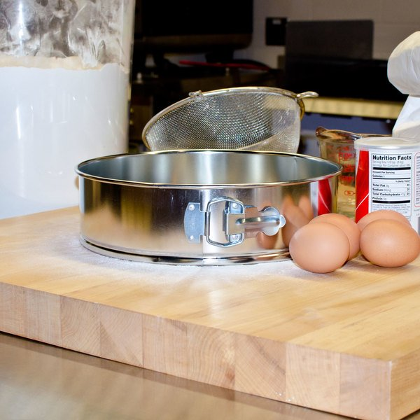"""10"""" Light Tin Springform Cake Pan"""