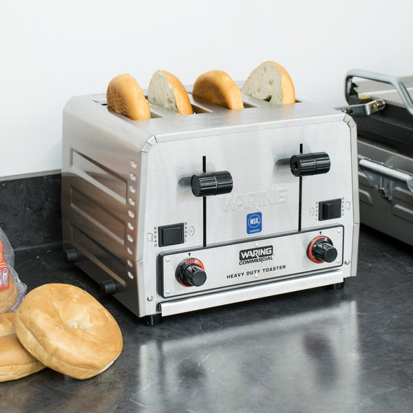 Waring WCT850RC Heavy Duty Switchable Bread and Bagel 4-Slice Commercial Toaster - 120V Main Image 4