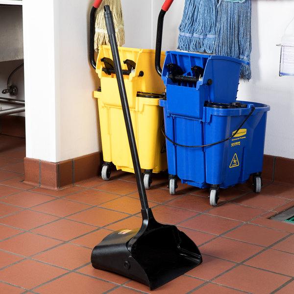 Rubbermaid FG253100BLA Lobby Pro Plastic Upright Dust Pan