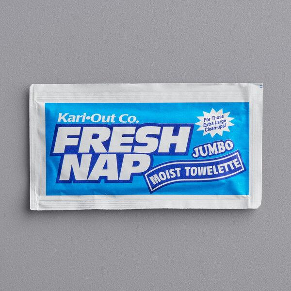 "8"" x 10"" Extra Large Lemon Scented Moist Towelette / Wet Nap - 500/Case Main Image 1"