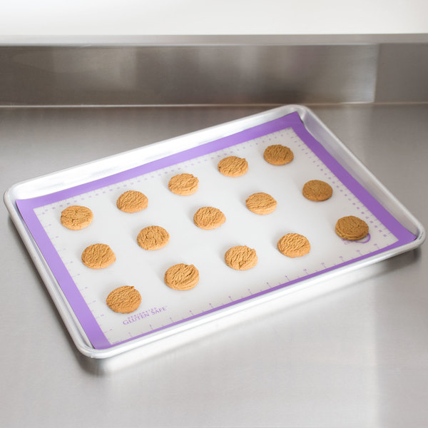 "Mercer Culinary M31093PU Allergen Safe™ Half Size Purple Silicone Mat - 11 7/8"" x 16 1/2"""