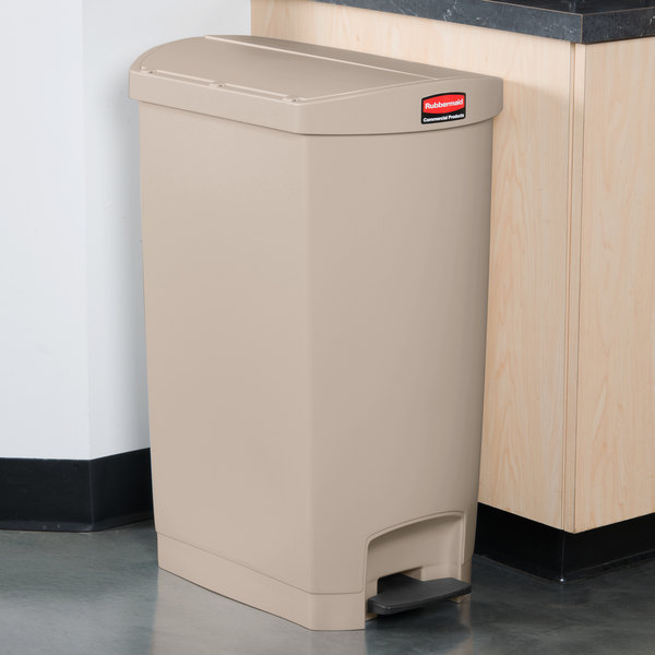 Rubbermaid 1883551 Slim Jim Resin Beige End Step-On Trash Can with Rigid Plastic Liner - 18 Gallon