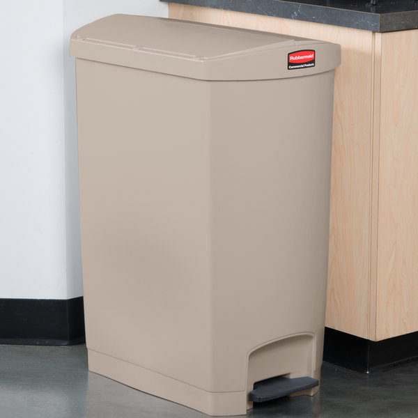 Rubbermaid 1883553 Slim Jim Resin Beige End Step-On Trash Can with Rigid Plastic Liner - 24 Gallon