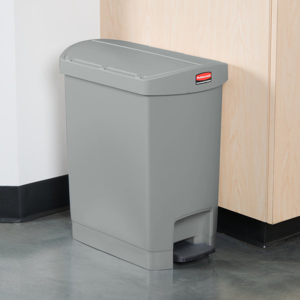 Rubbermaid 1883601 Slim Jim Resin Gray End Step-On Trash Can with Rigid Plastic Liner - 8 Gallon