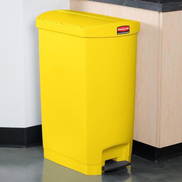 rubbermaid slim jim resin yellow end stepon trash can with rigid plastic liner 18 gallon