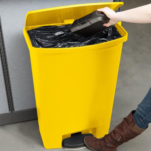 Rubbermaid 1883579 Slim Jim Resin Yellow Front Step-On Trash Can with Built-In Wheels - 24 Gallon