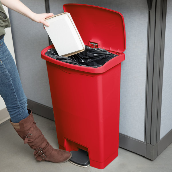 Rubbermaid 1883566 Slim Jim Resin Red Front Step On Trash Can