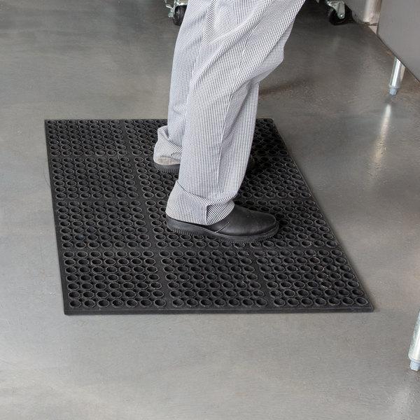 "Cactus Mat 2520-C3 VIP Deluxe 29"" x 39"" Black Heavy-Duty Rubber Anti-Fatigue Floor Mat - 7/8"" Thick Main Image 3"