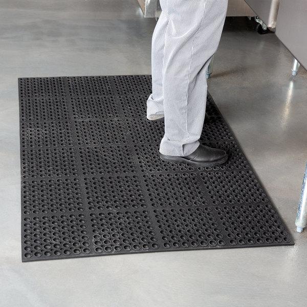 "Cactus Mat 2521-C1 VIP Lite 58 1/2"" x 39"" Black Rubber Anti-Fatigue Floor Mat - 1/2"" Thick Main Image 3"