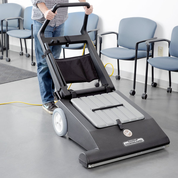 """Hoover CH86000 Ground Command 30"""" Wide-Area Vacuum"""
