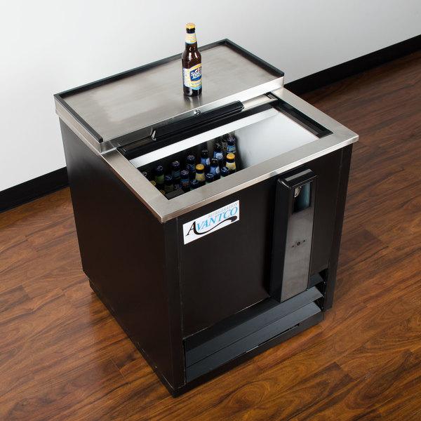 """Avantco JBC-25 25"""" Black Commercial Horizontal Beer Bottle Cooler - 115V"""