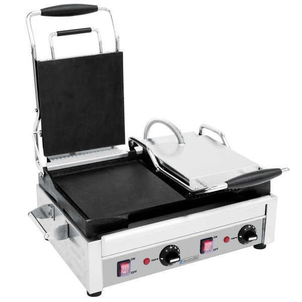 """Eurodib SFE02375 Double Panini Grill with Smooth Left Plates and Grooved Right Plates - 18"""" x 11"""" Cooking Surface - 220V, 2900W"""