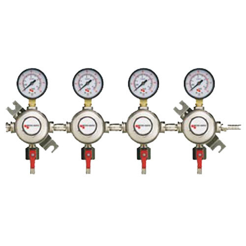 Micro Matic 1164 Quadruple Gauge Premium Series Secondary CO2 Low-Pressure Regulator Main Image 1
