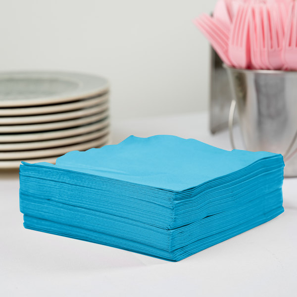Creative Converting 583131B Turquoise Blue 3-Ply 1/4 Fold Luncheon Napkin - 500/Case