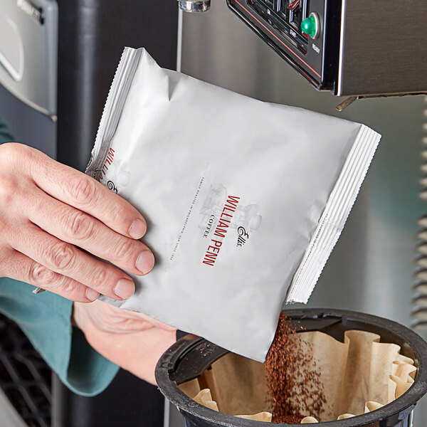 Ellis 6 oz. William Penn Regular Coffee Packet - 48/Case Main Image 2