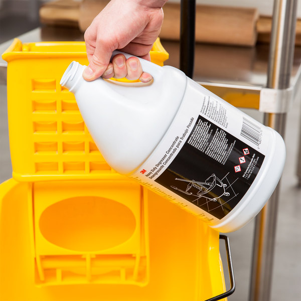3M 34782 1 Gallon Heavy Duty Degreaser Concentrate - 4/Case