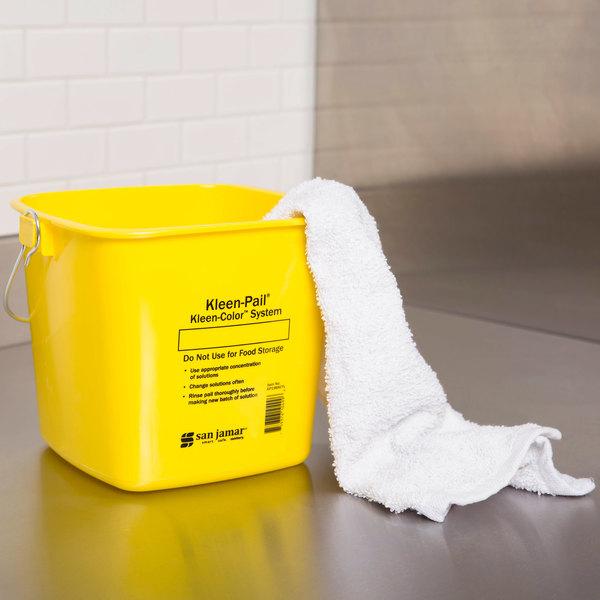 San Jamar KP196KCYL 6 Qt. Yellow Cleaning Kleen-Pail