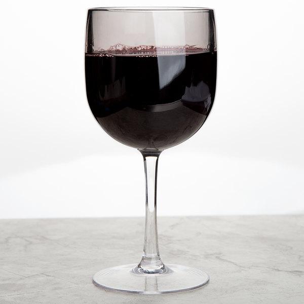 Carlisle EP7018 Epicure Cased 16.5 oz. Smoke Tritan Plastic Wine Goblet - 12/Case