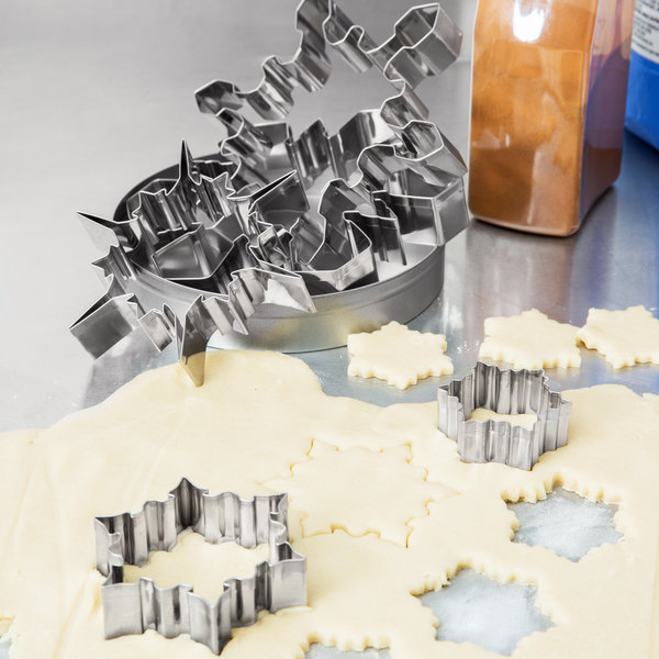Ateco 4843 5-Piece Stainless Steel Snowflake Cutter Set