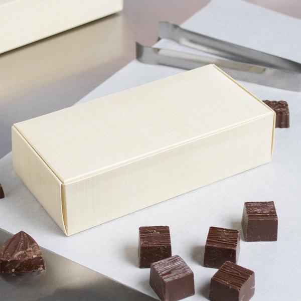 "7 1/8"" x 3 3/8"" x 1 7/8"" 1-Piece 1 lb. Gold Linen Candy Box - 250/Case Main Image 5"