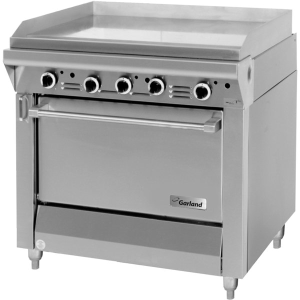 "Garland M48R Master Series Liquid Propane 34"" Griddle with Standard Oven - 134,000 BTU (Thermostatic Controls)"