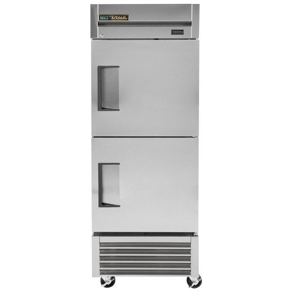True T-23-2 27 inch One Section Solid Half Door Reach-In Refrigerator - 19.5 cu. ft.
