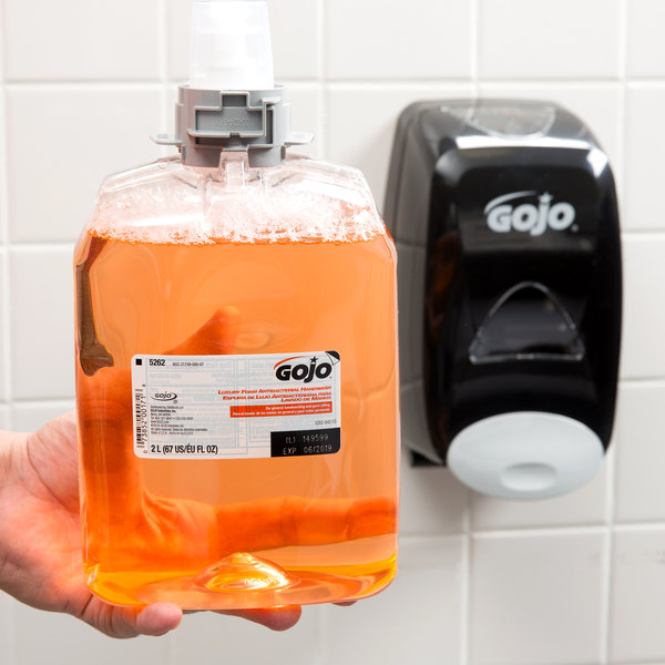 GOJO® 5262-02 FMX-20 Luxury 2000 mL Orange Blossom Foaming Antibacterial Hand Soap with PCMX - 2/Case