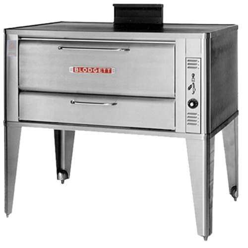 Blodgett 951 Natural Gas Single Deck Oven with Draft Diverter - 38,000 BTU Main Image 1