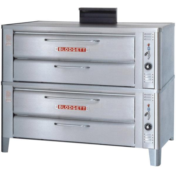 Blodgett 901 Liquid Propane Compact Double Deck Oven with Draft Diverter - 44,000 BTU