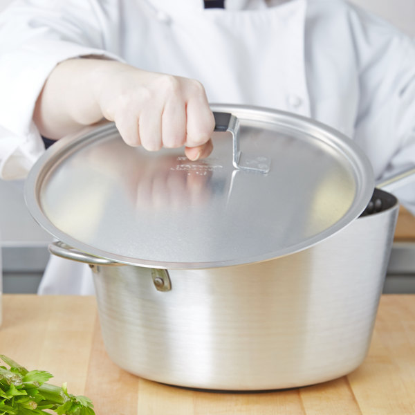 """Vollrath 67417 Wear-Ever Domed Aluminum Pot / Pan Cover with Torogard Handle 11 3/16"""""""
