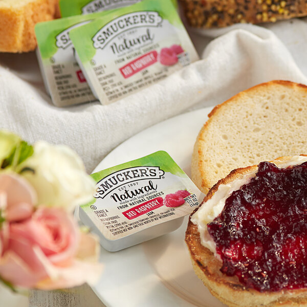Smucker's Natural Red Raspberry Jam .5 oz. Portion Cup - 200/Case Main Image 2