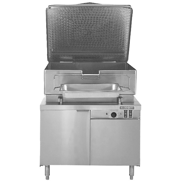 "Blodgett BCH-30E 30 Gallon Hydraulic Tilt Electric Braising Pan / Tilt Skillet with 36"" Cabinet Base - 208V, 3 Phase, 12 kW"