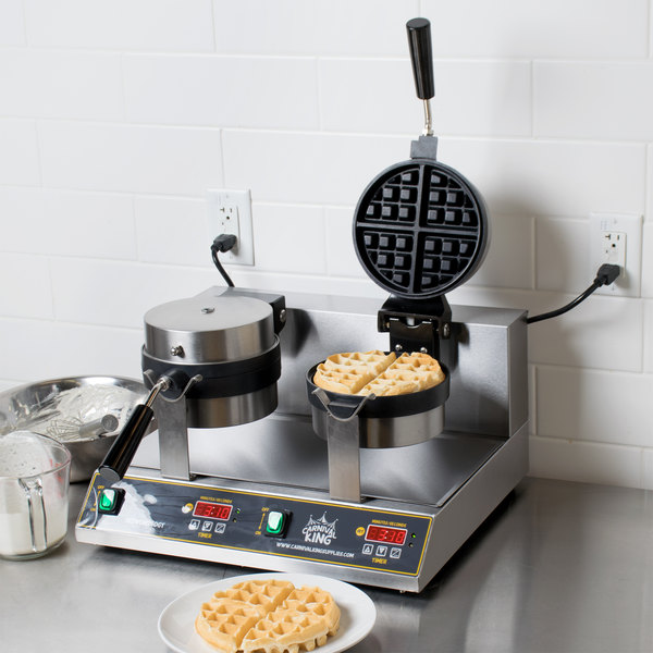 Carnival King WBM26DGT Non-Stick Double Belgian Waffle Maker with Digital Timer and Temperature Controls - 120V Main Image 3