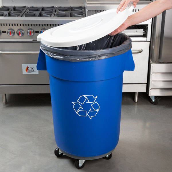 Carlisle 44 Gallon Blue Recycling Trash Can, Lid, and Dolly Kit