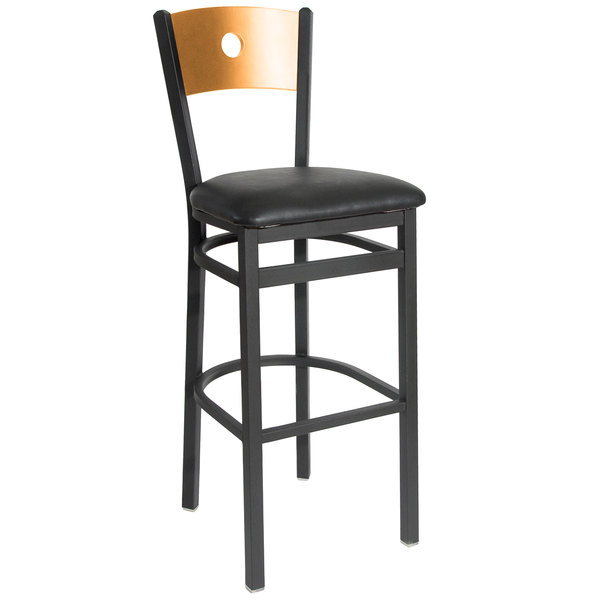 """BFM Seating 2152BBLV-NTSB Darby Sand Black Metal Bar Height Chair with Natural Wooden Back and 2"""" Black Vinyl Seat"""