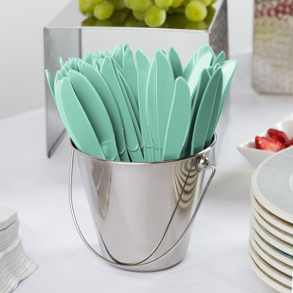 """Creative Converting 318867 7 1/2"""" Fresh Mint Green Heavy Weight Plastic Knife - 288/Case Main Image 2"""