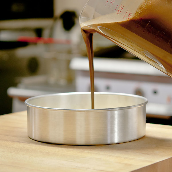 """9"""" x 3"""" Aluminum Cake Pan with Removable Bottom"""