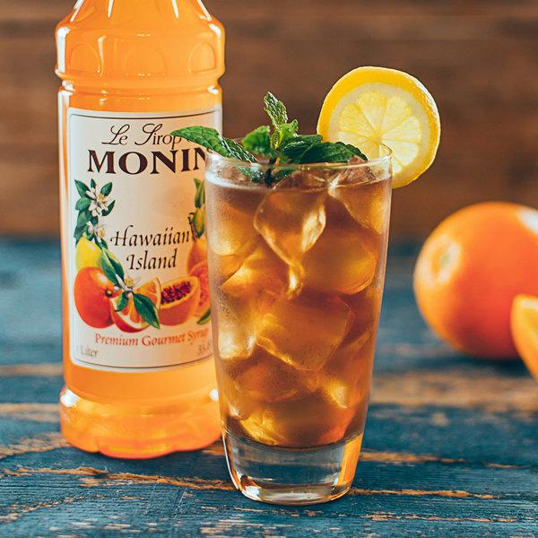 Monin 750 mL Hawaiian Island Flavoring / Fruit Syrup Main Image 2