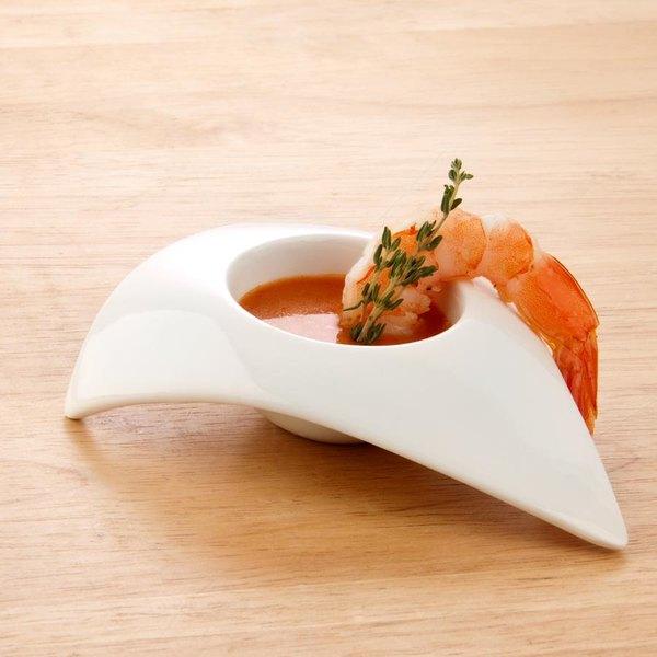 Arcoroc R0746 1 oz. Wave Triangular Porcelain Appetizer Bowl by Arc Cardinal - 6/Pack