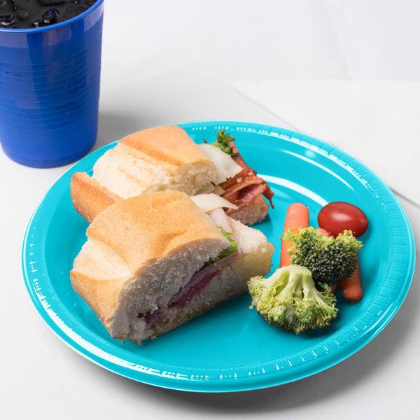"Creative Converting 28103921 9"" Bermuda Blue Plastic Plate - 20/Pack"
