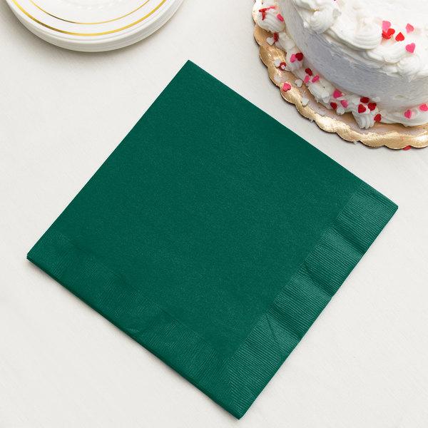 Hunter Green 3-Ply Dinner Napkin, Paper - Creative Converting 593124B - 25/Pack