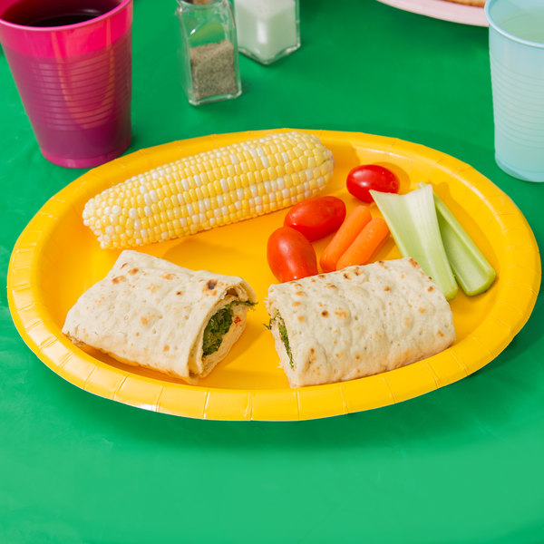 "Creative Converting 433269 12"" x 10"" School Bus Yellow Oval Paper Platter - 96/Case"