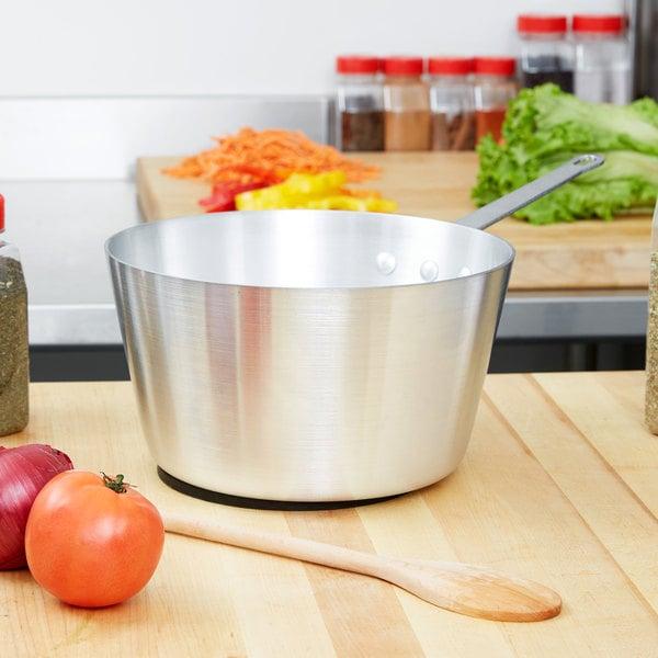 Vollrath 7345 Arkadia 5.5 Qt. Aluminum Sauce Pan