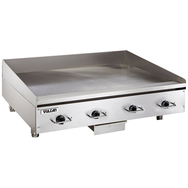 "Vulcan RRE48E 48"" Electric Countertop Griddle with Rapid Recovery Plate and Snap-Action Thermostatic Controls - 240V, 3 Phase, 21.6 kW Main Image 1"