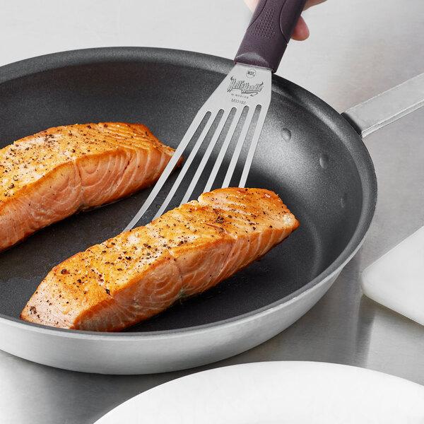 "Mercer Culinary M33183 Hell's Handle® High Heat 6"" x 3"" Fish / Egg Turner / Spatula Main Image 2"