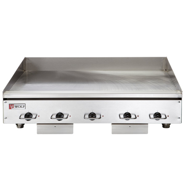 """Wolf WEG60E-208/1 60"""" Electric Countertop Griddle with Thermostatic Controls - 208V, 1 Phase, 27 kW Main Image 1"""